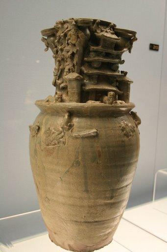 Bình celadon, Tây tấn (W. Jin), 265-317 AD