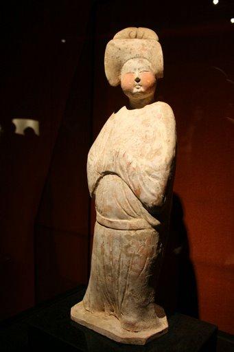 Tượng phụ nữ thời nhà Tần
