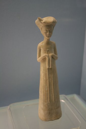 Tượng phụ nữ gốm trắng, nhà Tùy 581-618 AD