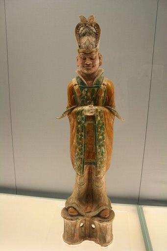 Tượng quan văn men tam sắc ( tang sancai), triều đại nhà Đường