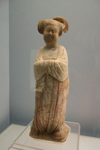 Tượng phụ nữ - triều đại nhà Đường