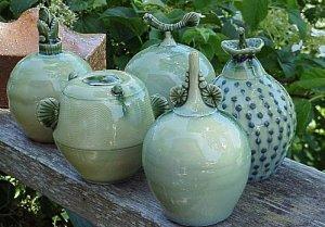 thai-celadon-ceramics