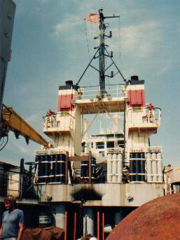 Phương tiện trục vót : tàu Đại Lãnh cùng 20 thợ lặn Việt Nam