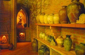 Một góc của bảo tàng tư nhân gốm cổ Gò Sành.
