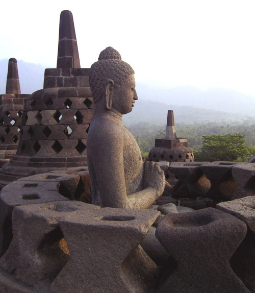Borobudur-perfect-buddha_