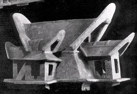 Mô hình nhà cổ đại Nhật Bản , mái hình thuyền bằng đất nung.