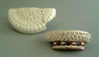 Đồ gốm men trắng trang trí rồng và hoa sen thời Lý, thế kỷ XI.