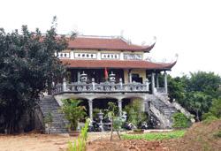 Ngôi chùa mới xây không phép - Ảnh: Anh Tuấn