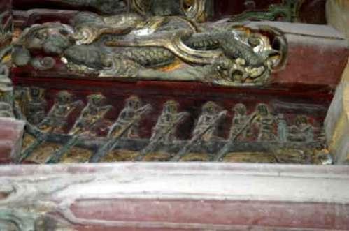 hinh tuong con nguoi trong dieu khac (3)