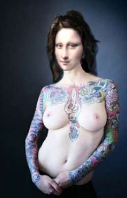 mona-blue-tattooed