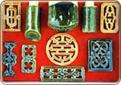 Hoa văn cổ và ngói lưu ly